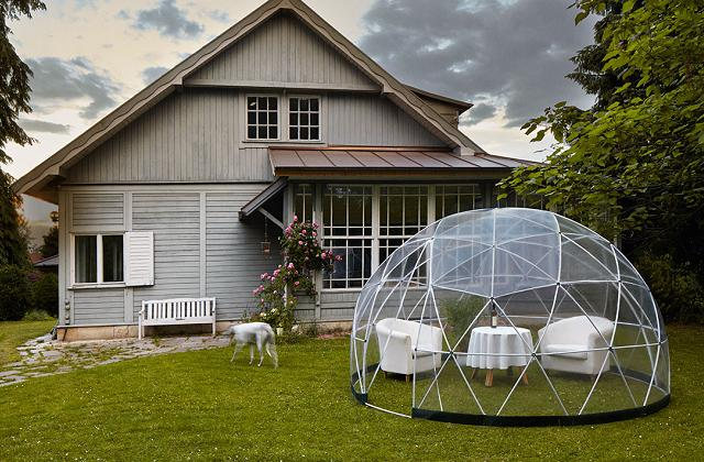 Un igloo transparent pour le jardin
