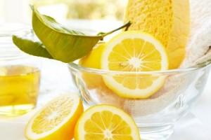 Comment utiliser le citron pour désodoriser et nettoyer la maison