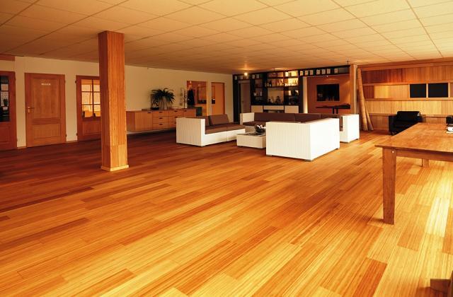 des conseils et des avis sur le parquet en bambou. Black Bedroom Furniture Sets. Home Design Ideas