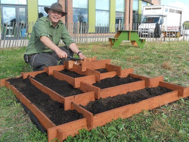 Comment créer une jardinière en forme de pyramide