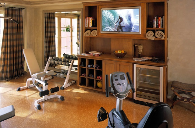 cr er un mini gym la maison pour le fitness. Black Bedroom Furniture Sets. Home Design Ideas