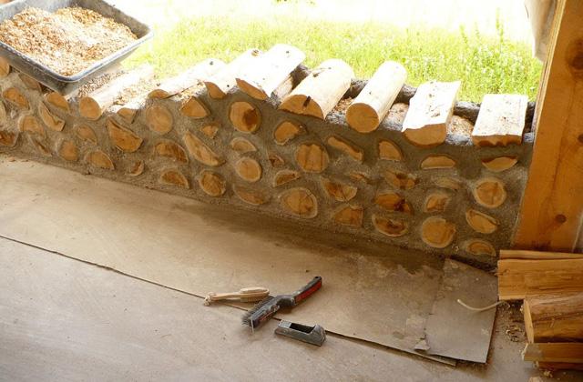Une maison cordwood en troncs de bois page 2 sur 4 for Cordwood house cost