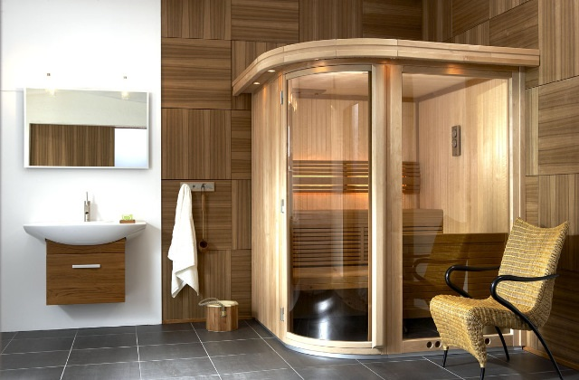 Une douche avec sauna et bain turc pour une détente totale