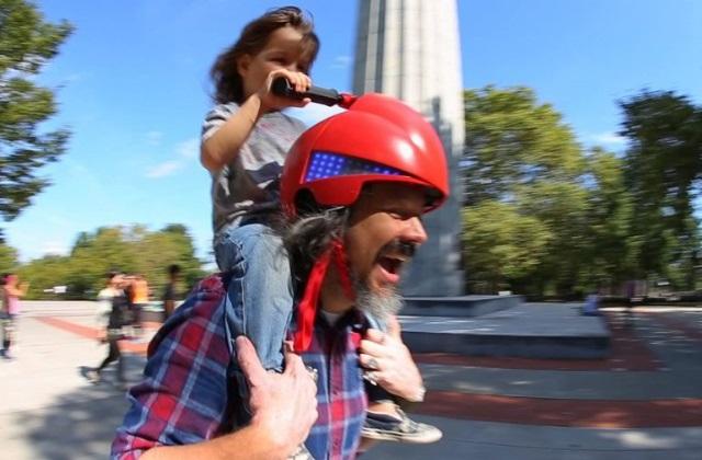 Un casque original pour les pères