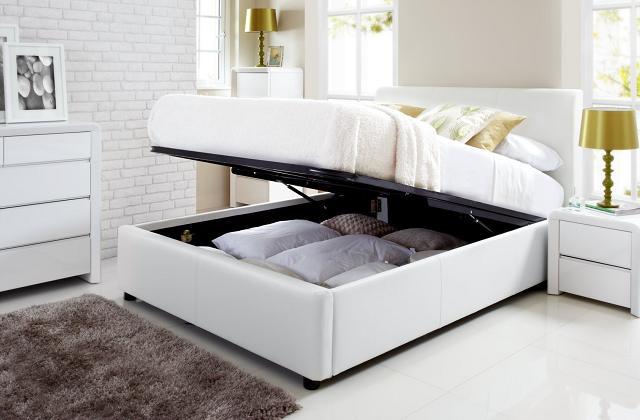 Si vous avez un espace limité, mettez tout sous le lit