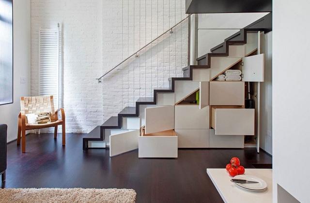 La soupente d'escalier : des idées pour optimiser les espaces