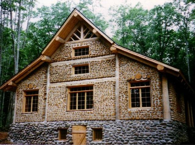 Une maison cordwood en troncs de bois page 3 sur 4 for Cordwood house cost