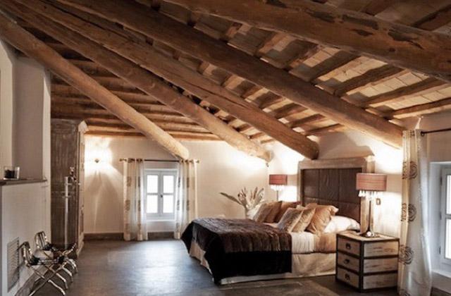 Des idées pour les chambres avec poutres apparentes
