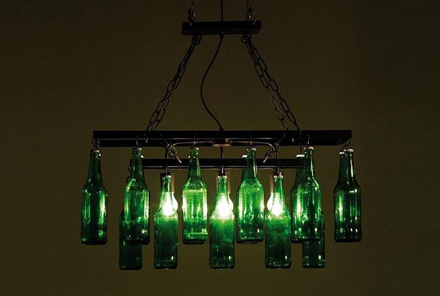 Comment construire un lustre avec des bouteilles en verre