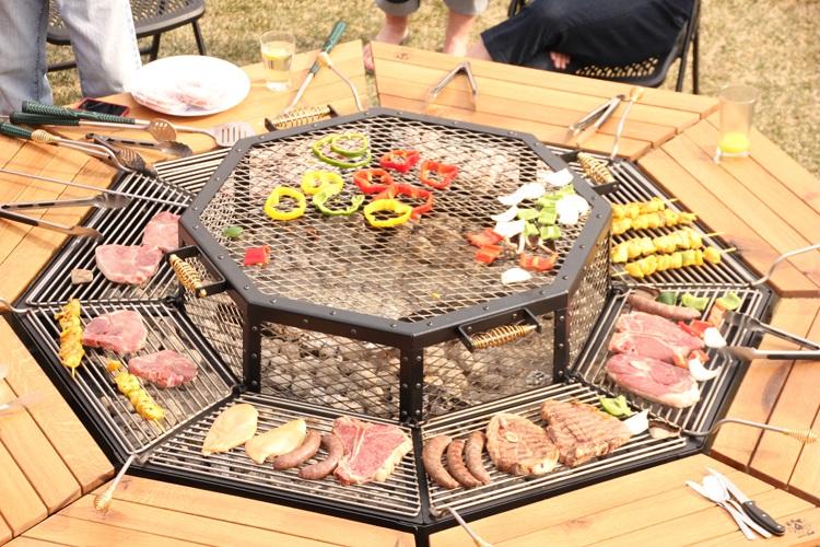 Table avec grill intégré