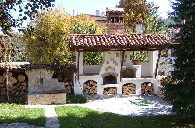 Comment construire une cheminée pour l'extérieur, pour décorer le jardin