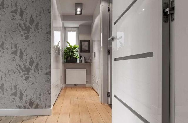 Meubler le couloir avec un placard