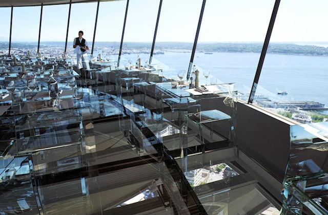 À Seattle on peut déjeuner à 150 mètres au-dessus du sol