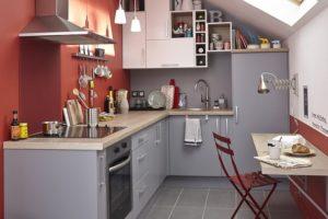 Décorer la maison avec la couleur corail : voilà nos idées et nos conseils