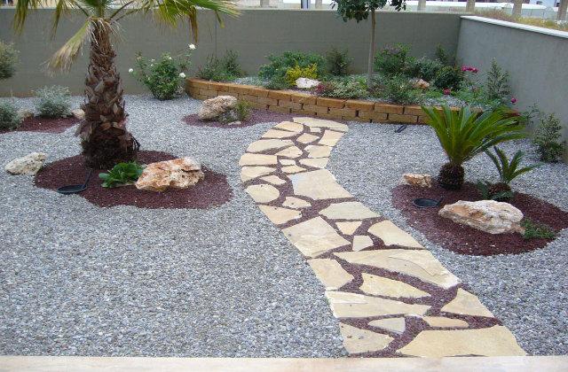 Comment d corer le jardin avec du gravier voil nos for Decorer le jardin