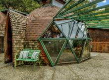 La maison géodésique née du recyclage